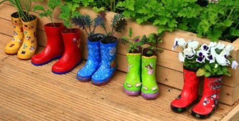 huerto-reciclado-botas